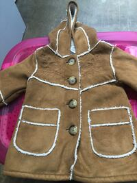 ADORABLE baby girl suede coat, Baby Gap, size 3-6 months 55 km