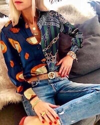 SCARF PRINT LONG SLEEVE SHIRT - BLOUSE SIZE SMALL Laval, H7P 1Z7