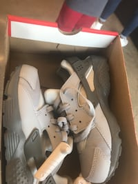 New nike huarache with box Warrenton, 20186