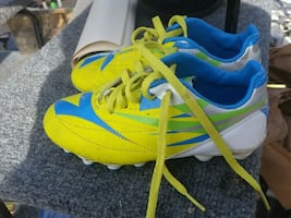 Shoes soccer 11.5