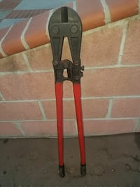 black and red bolt cutter