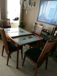 Expandable glass/wooden dining table with 4 chairs Burnaby