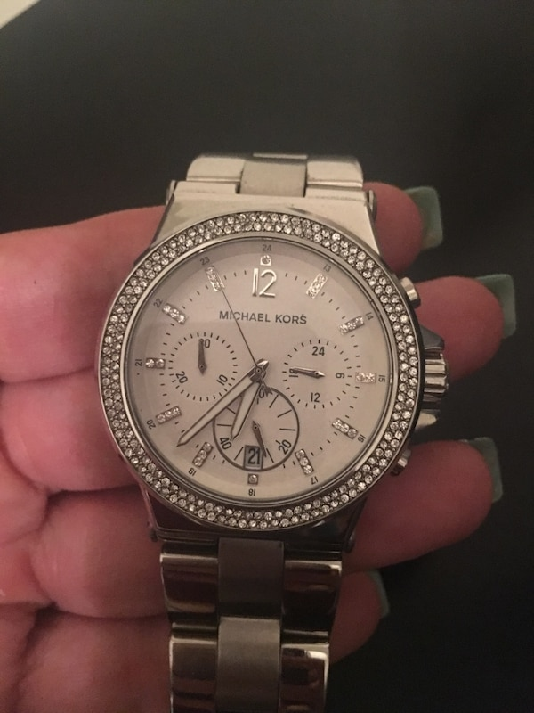 ff2b9c800ae6 Used Michael kors watch for sale in Grayson - letgo