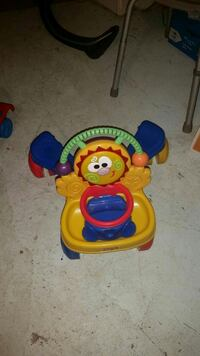 yellow, red, and blue potty trainer Edmonton, T6L 4X2