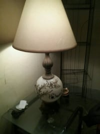 Antique pair of white and black table lamp Buffalo, 14212