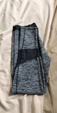 Gray and mesh hollister leggings Union City, 94587