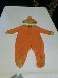 6 mnth Halloween outfit for baby