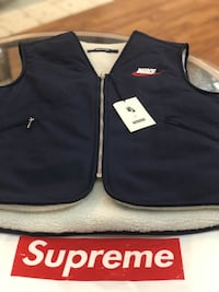 Brand new Navy Nike Supreme reversible vest size medium  Silver Spring, 20902