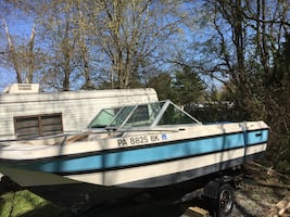 16ft. Browning Mustang tri-hull. project boat, needs work-boat, motor
