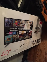 Brand new roku smart t.v 40' Kitchener, N2B 1A1