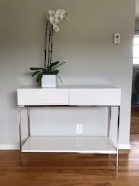 West Elm White Lacquer Sideboard/Console Los Angeles, 90027