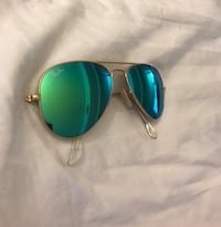 Authentic Ray Ban sunglasses youth size Los Angeles, 90024