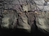 4 pairs American Eagle skinny jeans, size 2 16 km