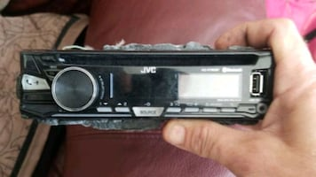 2 car CD players 40$ per or 70 for both