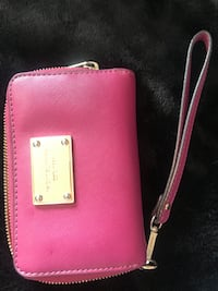 pink leather Michael Kors wristlet Oakville, L6H 7S9