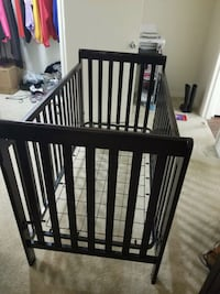 Baby crib... No matress Greater Northdale, 33624