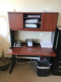 Office desk -best offer-price negotiable Vienna, 22182