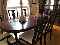 Dining room and cabinet set Mississauga, L5L 4P4