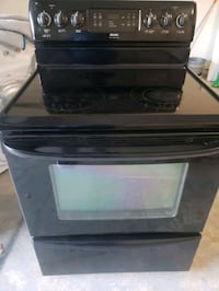 Kenmore Glass Top Stove Range- DELIVERY AVAILABLE  ( Oven Warmer) College Park