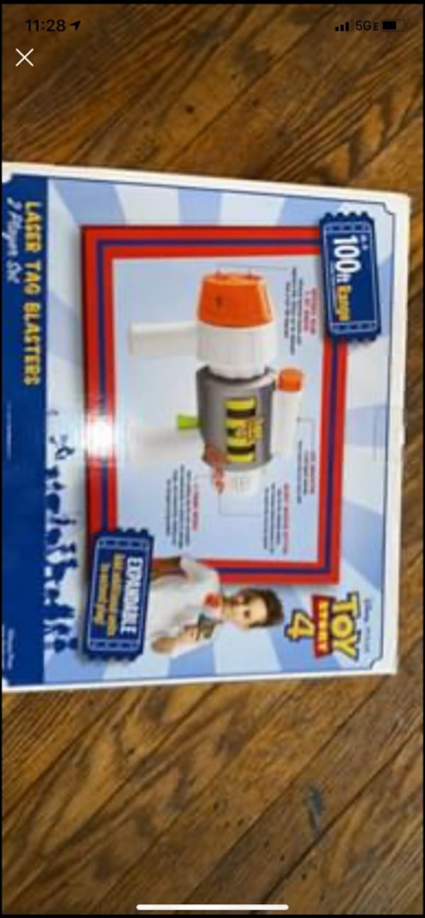 Brand New Toy Story 4 Laser Tag Set  1