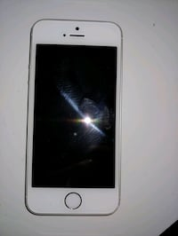 Unlocked iPhone 5s excellent condition
