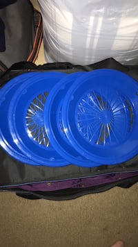 plastic  paper plate holders