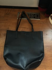black leather Kate Spade tote bag Kamloops, V2C 2X5