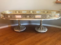 Glamorous vintage marble coffee table with detachable gold piece  Kelowna, V1V