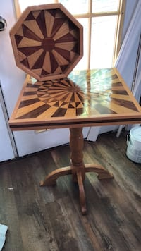solid oak and cherry table and tray. hand made Ashland City, 37015