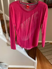 Nike long sleeve shirt Fairfax