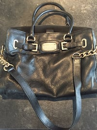 Authentic Michael Kors handbag / sac à main Brossard, J4Z 3S9