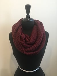 Brand new burgundy eternity scarf  Oakville, T1Y