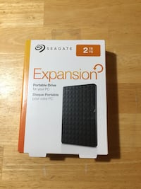 Seagate Expansion portable drive box Mississauga, L5E