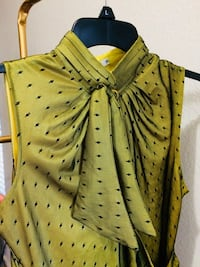 yellow and black button-up sleeveless top 43 km
