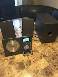 Teac CD and IPod sound system  Laval, H7S 1L4