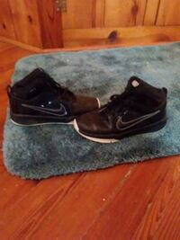 shoes size 1 boys  Clear Brook, 22624