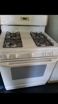 white 4-burner gas range Alexandria, 22311