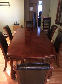 Cherry wood table set- will take best offer starting $50