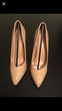 pair of white patent leather pumps Falls Church, 22043