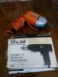 "Black and Decker 3/8"" Corded Drill"