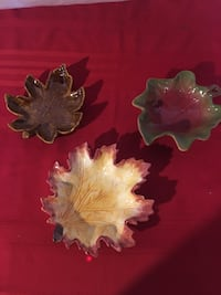 set of 3 leaf candy dishes Niles, 44446