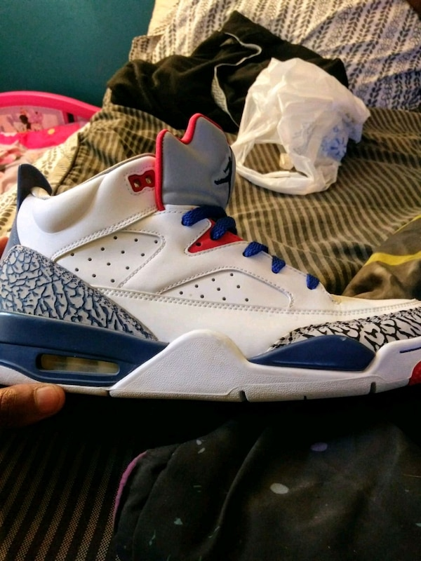 70405938381886 Used white-and-blue Air Jordan 4 shoes for sale in Stone Mountain - letgo