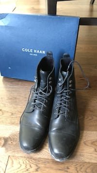 pair of black leather boots Vaughan, L4L 5S7