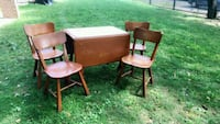 brown wooden table with 4 chairs Hartford, 06106