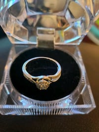 Size 7 female ring Guelph, N1L 0G2
