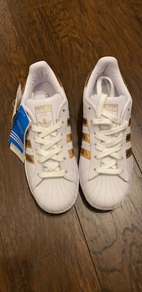 Addidas size 35 Richmond Hill, L4C 2S3