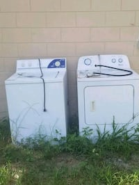 white front-load clothes washer and dryer set Orlando, 32808