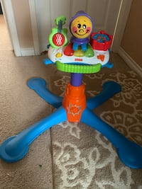 Musical kids activity in excellent condition