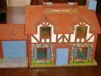 1980 fisher price house with accessories Spartanburg, 29306