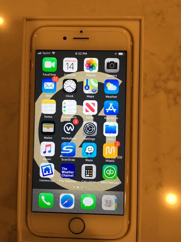 iPhone 6 64GB e0eb6634-ab9e-452f-974b-a03dfb4ecd41
